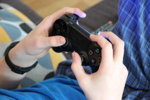 Les jeux vidéo et les jeunes: de l'obsession à la passion, conférence de Yanick Côté