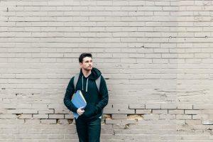 Prévention du suicide: s'accrocher avant qu'il ne soit trop tard, une conférence de Yanick Côté